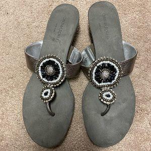 Cynthia Rowley size 10 Sandal Flipflops Beaded